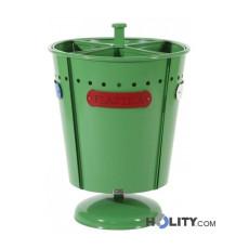 Farbiger Abfallbehälter für die Mülltrennung h140140