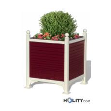 Quadratischer Blumentopf als Stadtmobiliar h140288