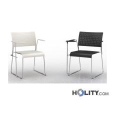Stapelbarer Konferenzstuhl mit Armlehnen und Schreibplatte h17725