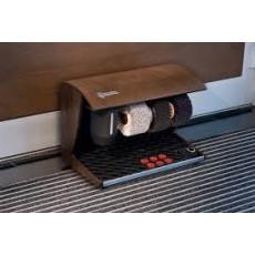 Lucidascarpe automatico in legno con 3 spazzole e dispenser lucido h14210